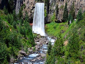 Adventure: OR | Hike | Waterfall Scramble