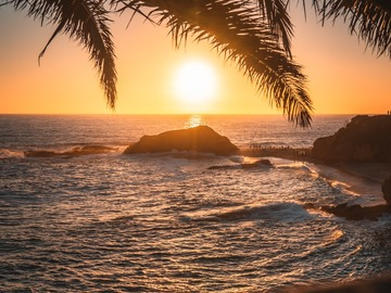 Adventure: CA | Photography | Chasing Sunsets in Laguna Beach