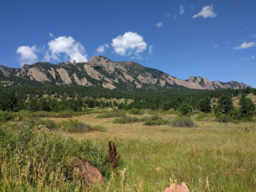 Adventure: CO | Hike | View the Flatirons