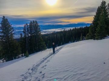 Adventure: Custom Snowshoe- Broadmoor Rotary Club