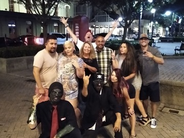 Adventure: Drink With A Zombie Pub Crawl